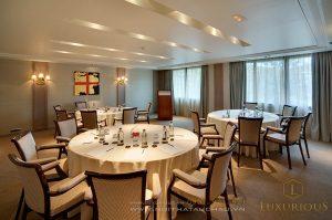 Phòng ăn hội nghị khách sạn