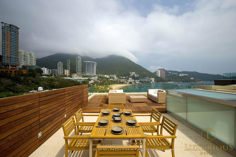 Không gian này giúp các thành viên trong gia đình có thể thư giãn ngắm cảnh biển  lúc hoàng hôn