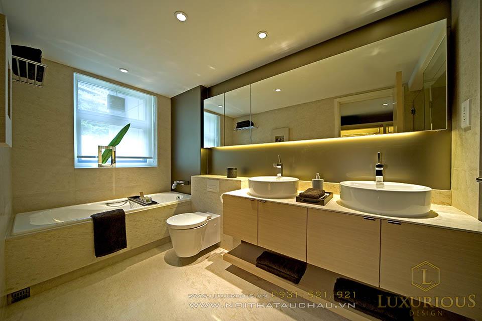 Phòng vệ sinh hiện đại với các thiết bị cao cấp