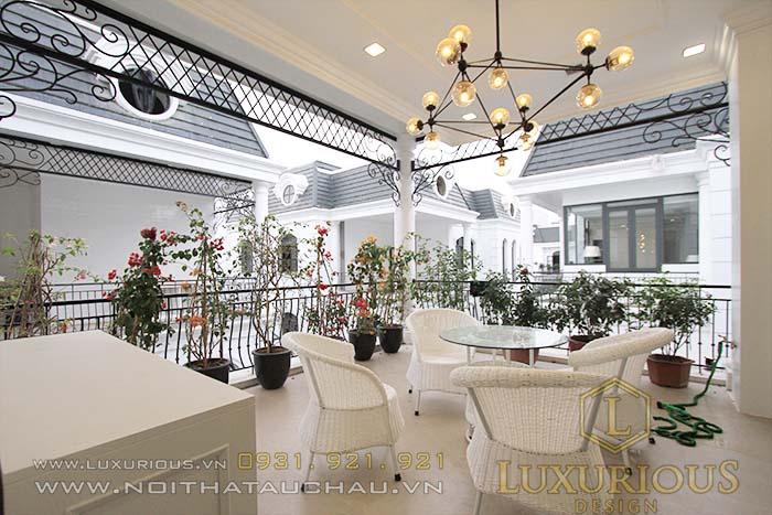 Thiết kế nội thất biệt thự liền kề sân tầng thượng