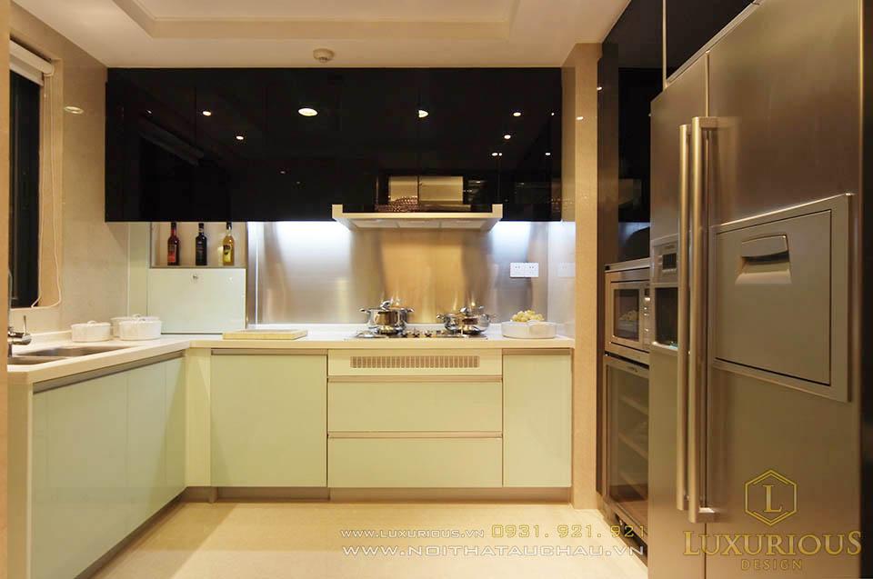 Thi công nội thất phòng bếp chung cư 130m2 hiện đại