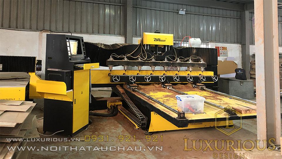 Máy cắt CNC 4D