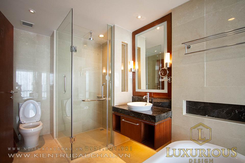 Thi công phòng tắm khách sạn Crowne Plaza