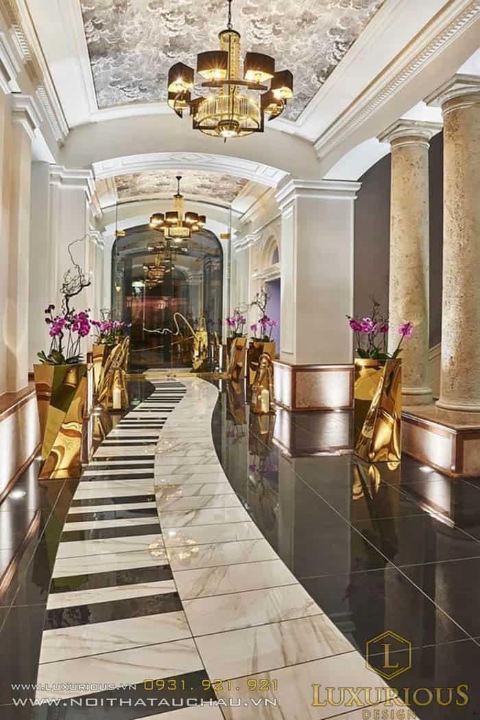 Hành lang nội thất khách sạn tân cổ điển