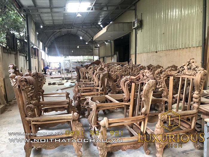 Gia công sản xuất bàn ghế gỗ tự nhiên