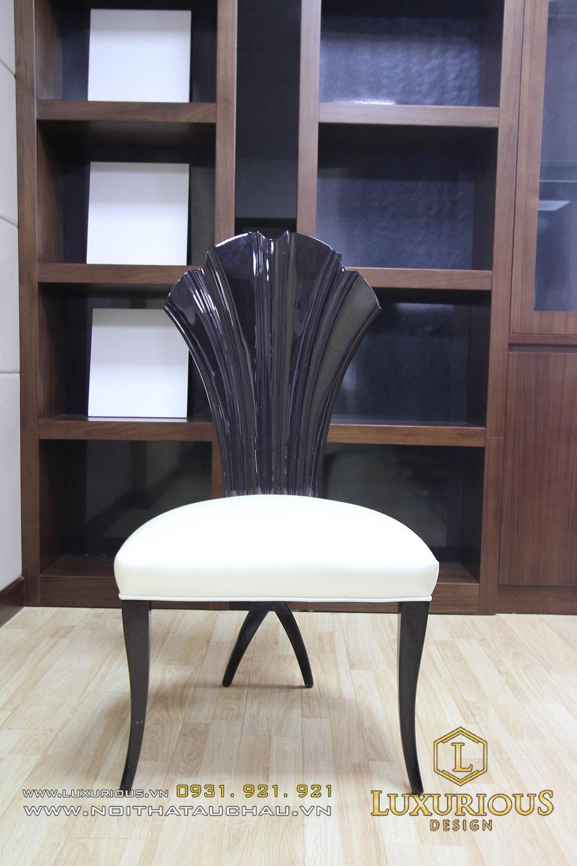 Bàn ghế tân cổ điển gỗ