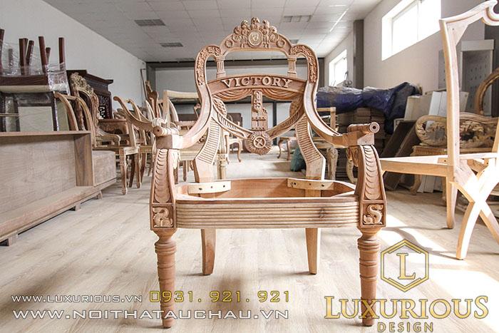 Hoàn thiện ghế tân cổ điển