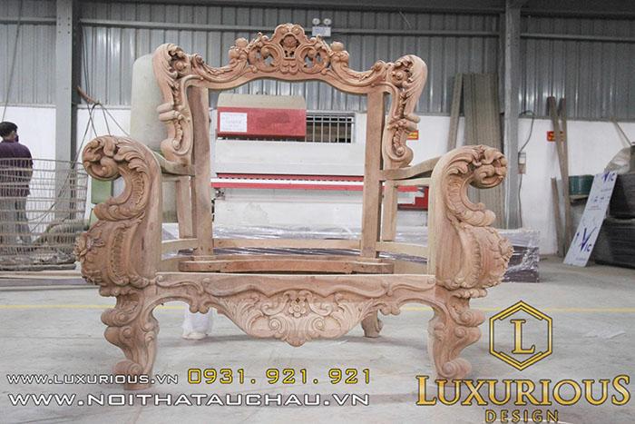 Khung ghế Tân cổ điển