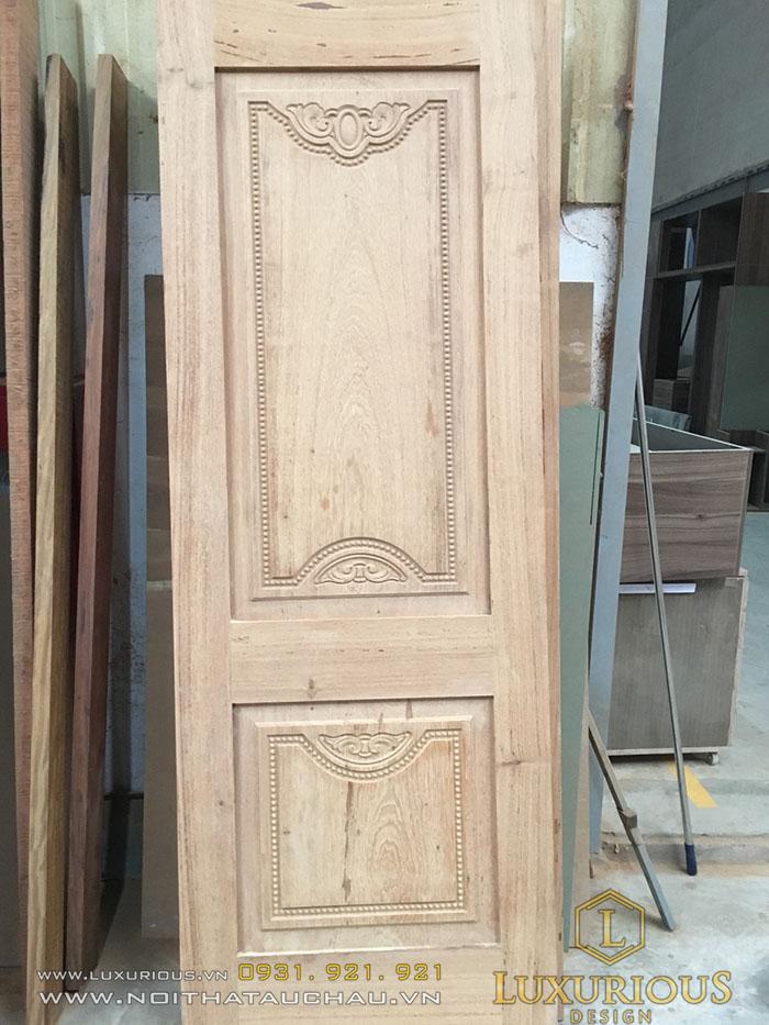 Mẫu cửa gỗ hiện đại