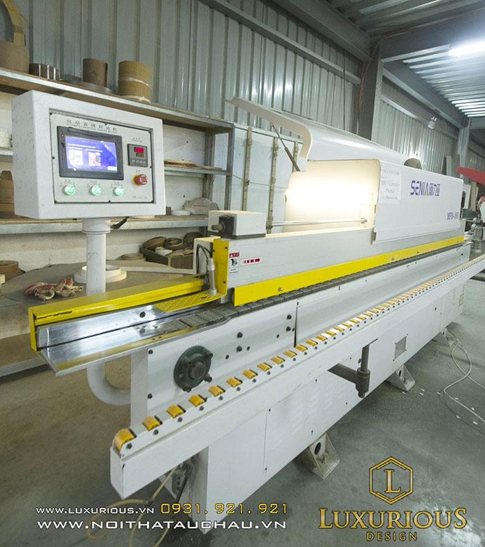 Máy móc hiện đại nhập khẩu từ Nhật Bản, Đài Loan, hoạt động với độ chính xác tuyệt đối.