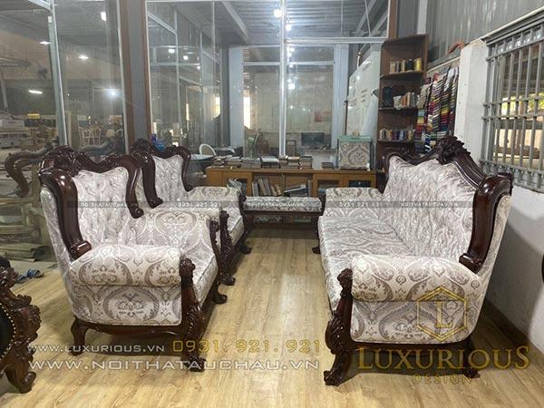 Sofa phòng khách phong cách tân cổ điển