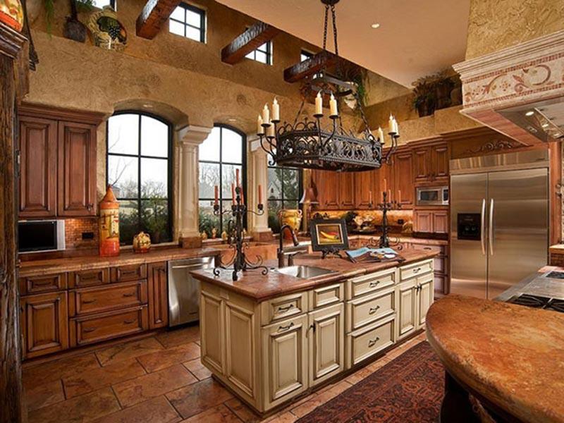 Phòng bếp tân cổ điển Châu Âu đẹp không tì vết
