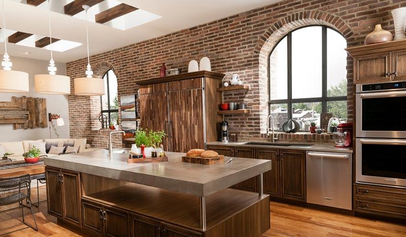 Nhà bếp công nghiệp được thiết kế theo một không gian đơn giản, tiện ích