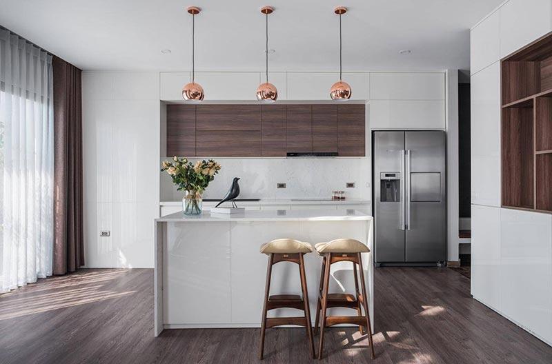 Thiết kế bếp với phong cách tối giản nổi bật với tone màu trung tính làm chủ đạo