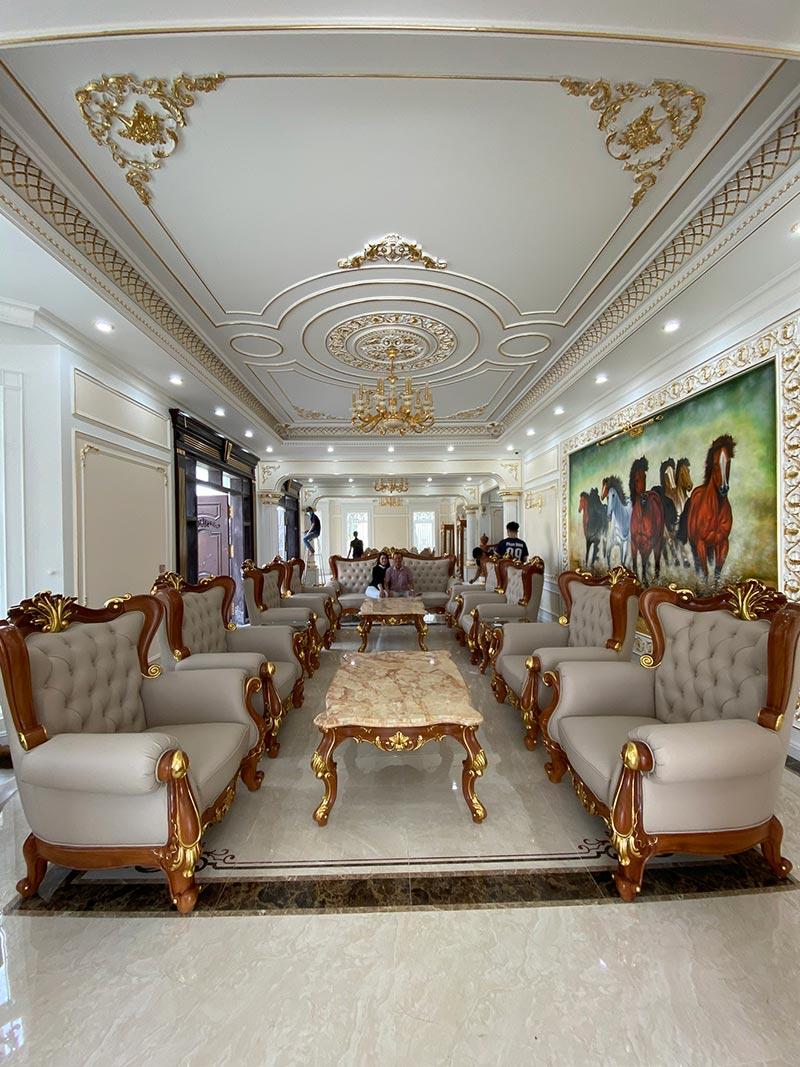 Mẫu bàn ghế sofa phòng khách tân cổ điển trên 100 triệu