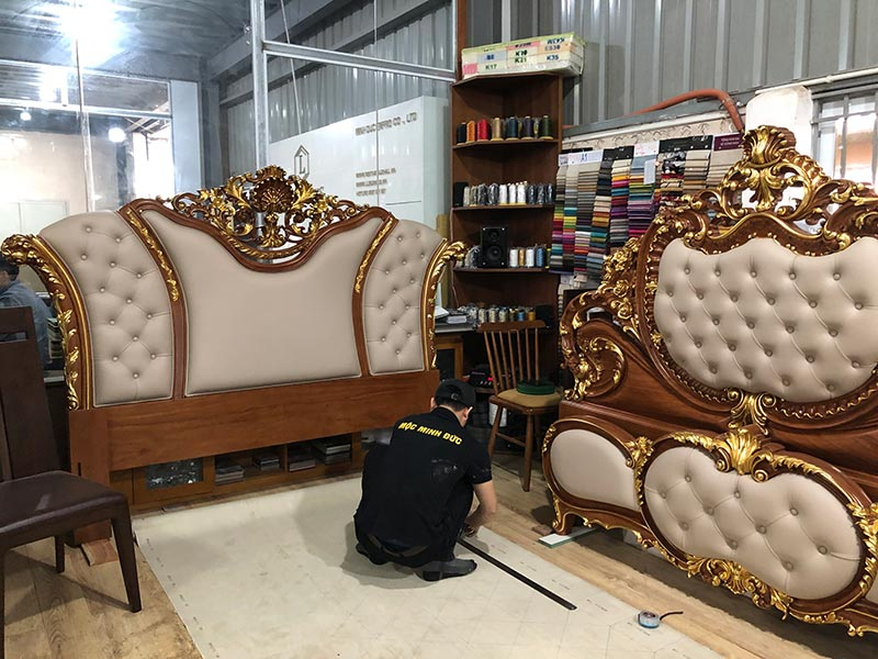 Tham quan nhà máy sản xuất giường ngủ tân cổ điển của Luxurious Design