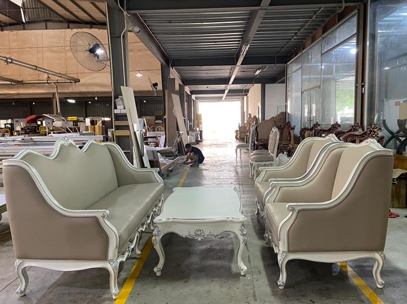 Giá bàn ghế sofa từ 10 triệu đến 30 triệu