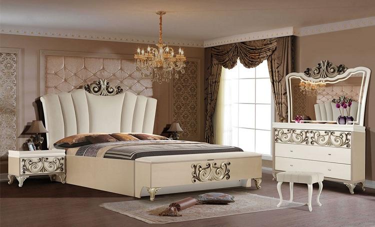 phòng ngủ phong cách hoàng gia