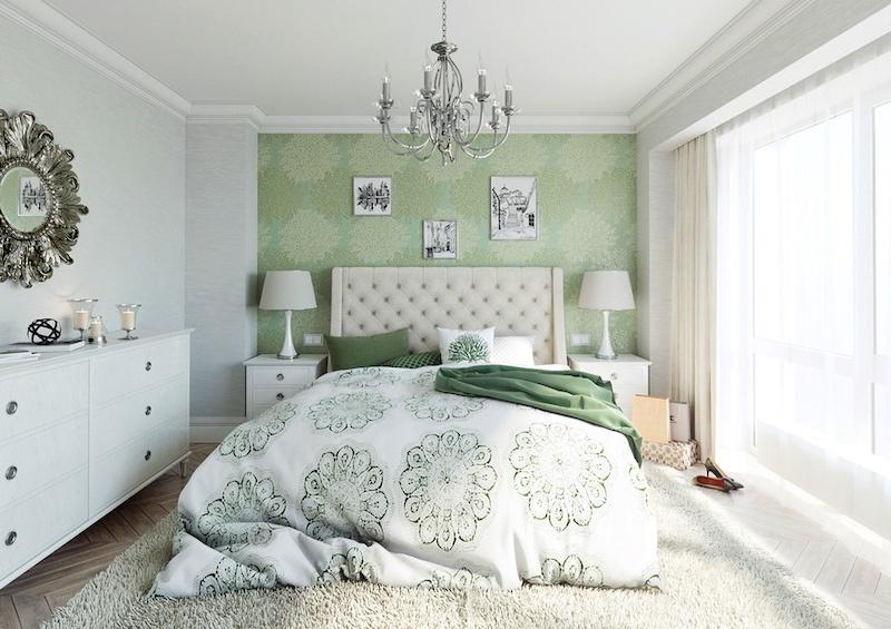 Phòng ngủ xanh kết hợp giấy dán tường hoa văn làm điểm nhấn