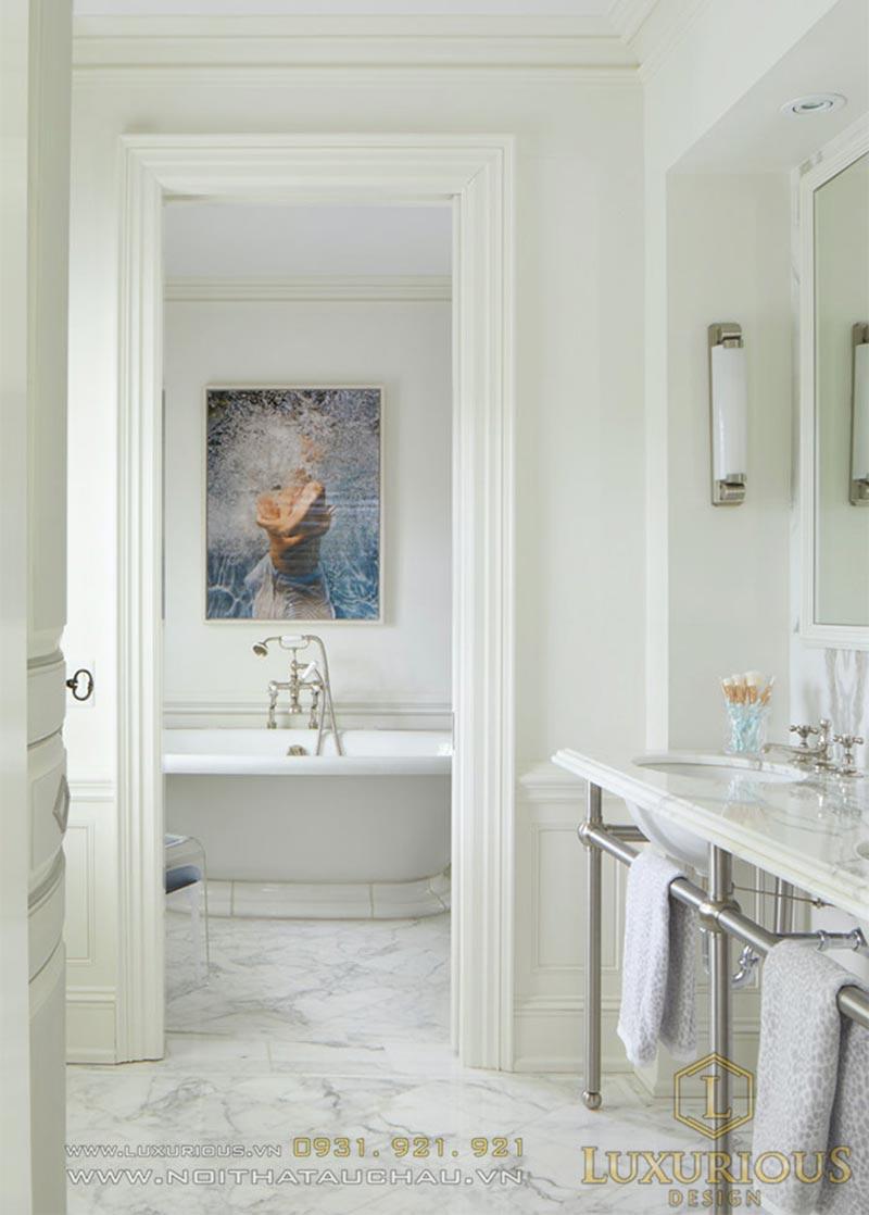 WC tân cổ điển với gam màu trắng xám cực ấn tượng